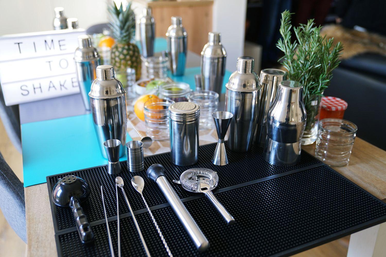 Viabar Atelier Cocktails EVJF EVG anniversaires weeding marriage cocktail bartender baman a domicile #offrezvousunbaraman mojito mojitos pina colada gin fizz cours de cocktail